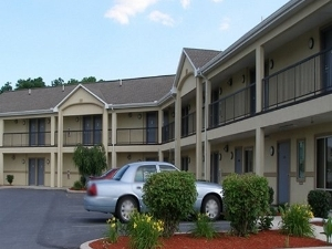 Red Carpet Inn Chambersburg