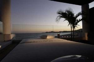 Cabo Azul Resort And Spa