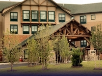 Six Flags Great Escape Lodge