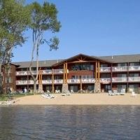 The Lodge On Lake Detroit
