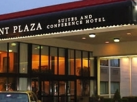 Point Plaza Suites And Confere