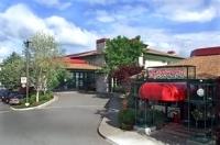 Rogue Regency Inn and Suites