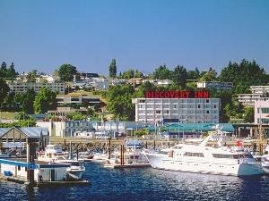 Coast Discovery Inn And Marina