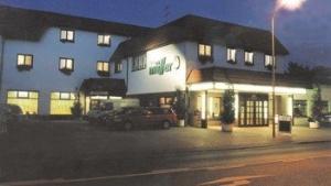 Hotel And Restaurant Mueller