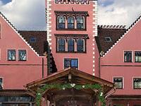 The Lakeside Burghotel Zu Stra