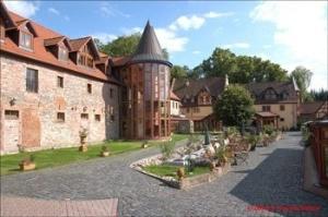 Schlosshotel Weyberhoefe