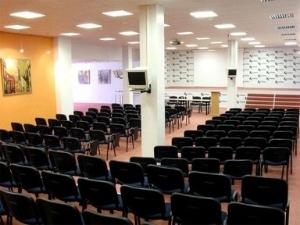 Karolina Hotel & Conference Center