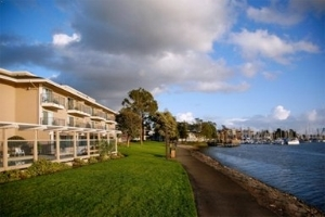 Executive Inn & Suites - Oakland Waterfront