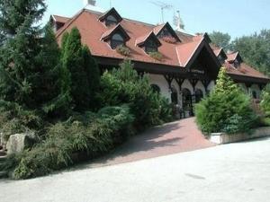 Gottwald Hotel Tata