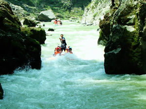 Rafting Tour in Zhangjiajie