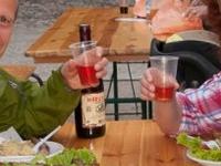 Sauveterre-de_Rouergue, Having Lunch At Farmers\' Market