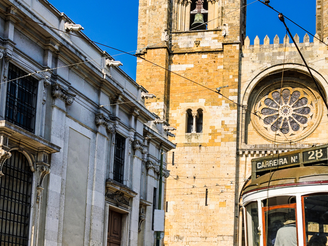 Full Day Private Tour - Lisbon's Heritage and Modernity Photos