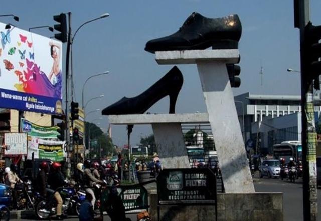 Bandung Ciwidey Shopping Mania Photos