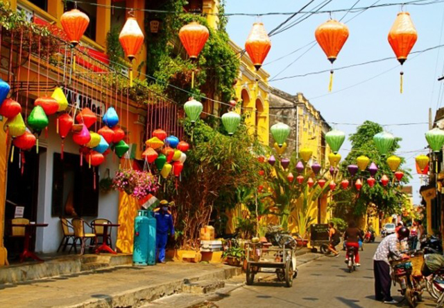Danang Hoi An Vacation - Central Land Vietnam Photos