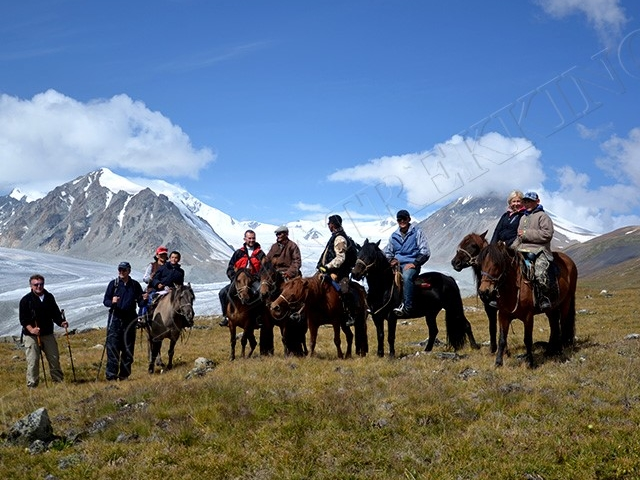 Western Mongolia Horseback Riding Tour Photos