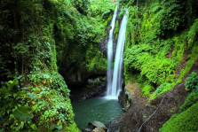 Top Recommended Sambangan Waterfall Trekking Tour Photos