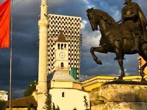 Tour from Durres to Kruja and Tirana Fotos