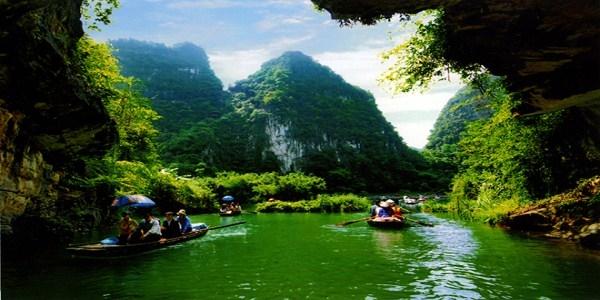 Private Trang An Mua Cave Tour Photos