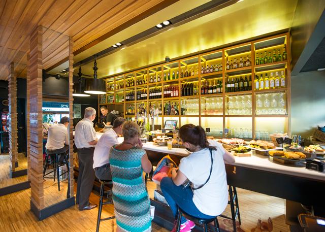 Gastronomic Visit to Casco Viejo de Bilbao Photos
