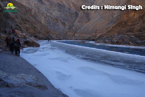 Get Upto 25% Off on Chadar Trek - Bikat Adventures Photos