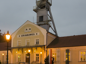 Wieliczka Salt Mine: 4-Hour Guided Tour from Krakow Photos