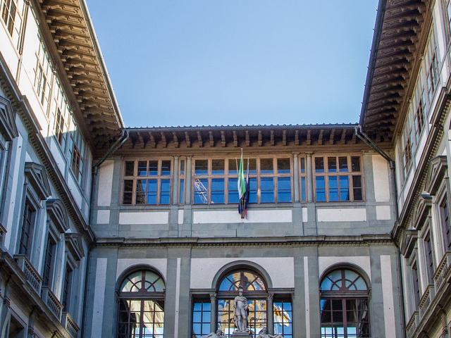 Uffizi Gallery Small Group Tour Photos