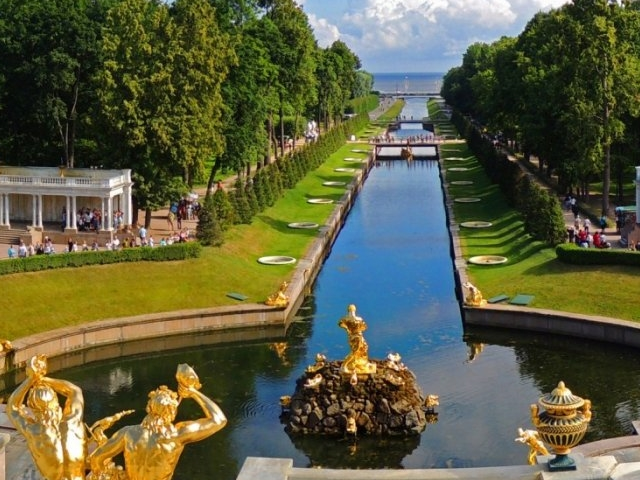 Peterhof Tour with Private Driver Photos