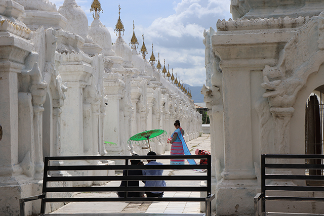 YANGON AND MANDALAY PACKAGE TOUR Photos