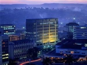 Kampala By Night Fotos