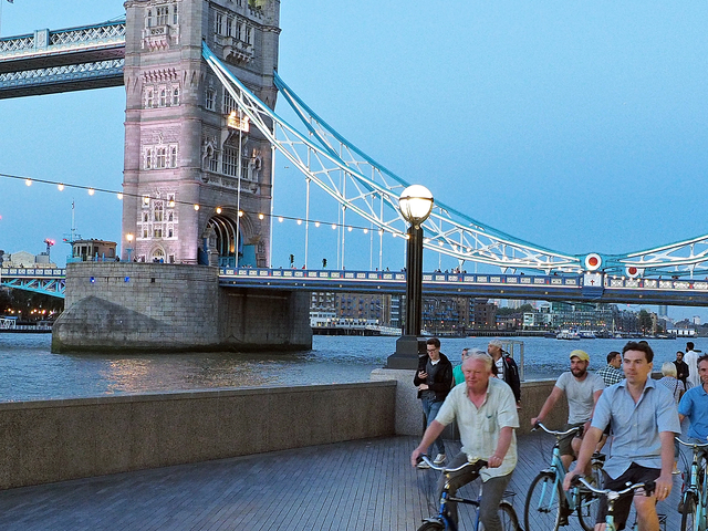 London by Night Bike Tour Photos