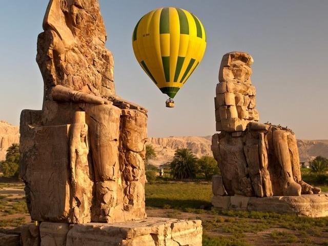 Luxury Hot Air Balloon Riding in Luxor Photos