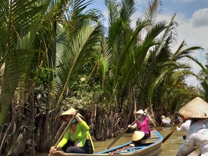Mekong Delta with Sweet Chocolate Taste (My Tho-Ben Tre) Photos