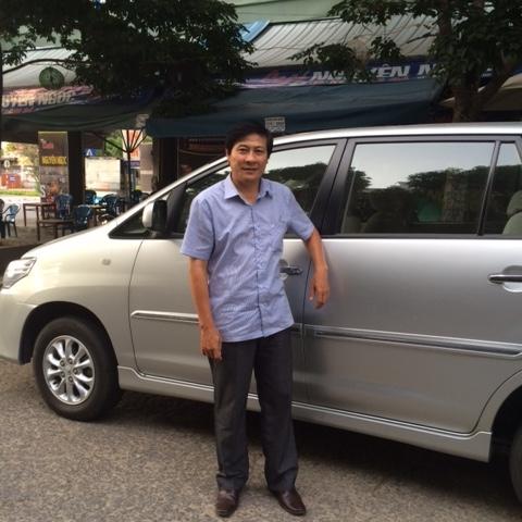 Da Nang Airport to Hoi An by Aircont Vehicle Just for Fun Photos