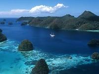 Explore the Last Paradise on Earth, Raja Ampat - Papua
