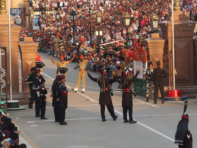 Amritsar Golden Temple Wagah Tour Package Photos