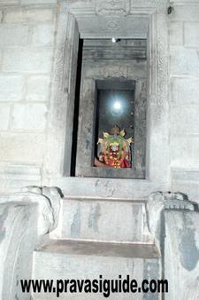 Mahathobhara Sri Karinjeshwara Temple Karinja