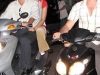 Brad Pitt  Angelina Jolie Visit Vietnam 9