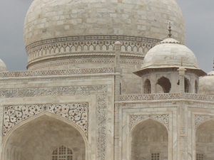 Get 30% Flat Dsicount on Golden Triangle India Tour Photos