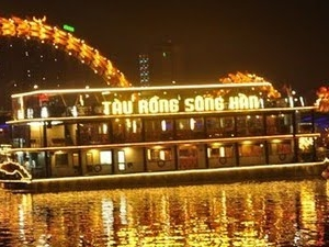 Dinner Cruise in Da Nang Photos