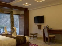 Manali Monsoon Package
