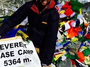 Bagpacker, Everest base camp trek
