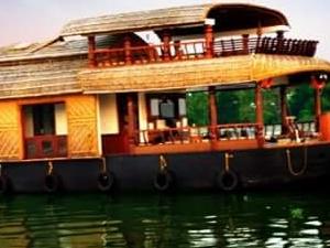 Memorable Houseboat & Kerala Back Waters