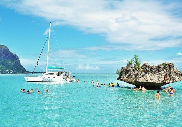 Funtastic Mauritius Photos