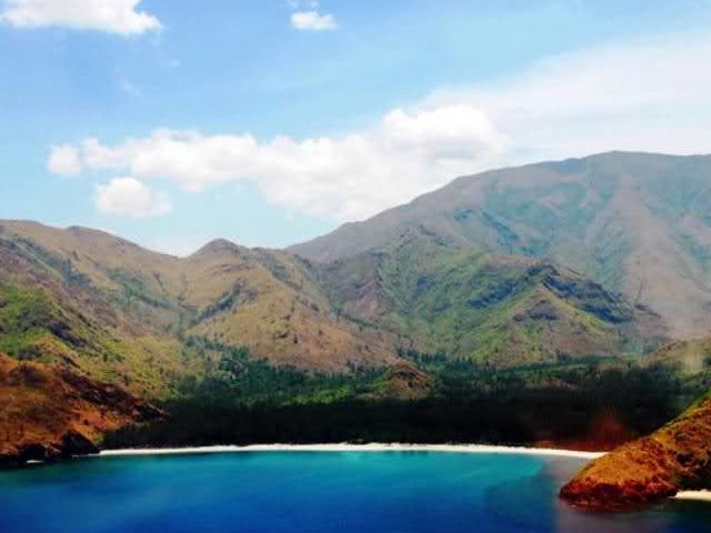 Silanguin Cove - Zambales Photos