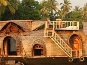 Kerala in Short; But Amazing Fotos