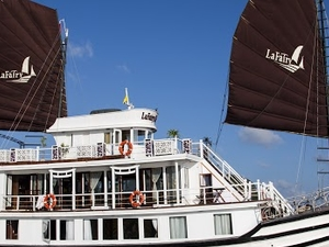 Halong bay 2days 1 night with La Fairy Sails Cruise - Buffet lunch and Dinner in cave