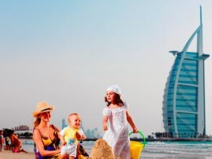 3*Dubai Family Holidays 13499 INR per PAX Photos