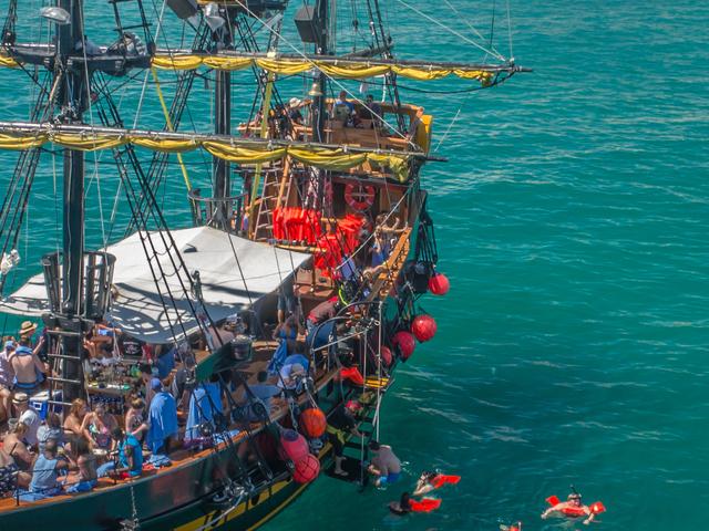 Treasure Quest Breakfast Snorkel Cruise Photos
