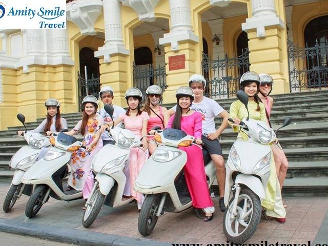 Free Motorbike Tour Around Hanoi with Beautiful & Graceful Girls Photos