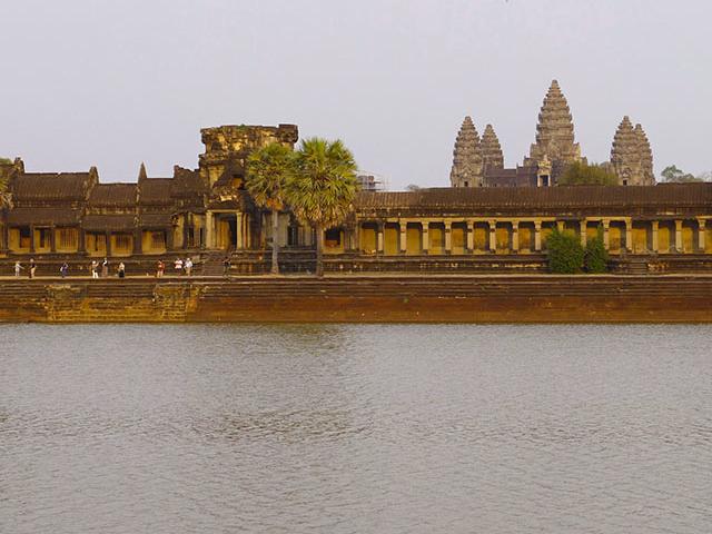Siem Reap & Phnom Penh Tour - Budget Package Photos
